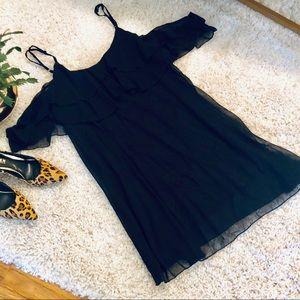 Dresses - Black party dress off the shoulder with straps XL
